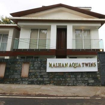 Malhan Aqua Twins