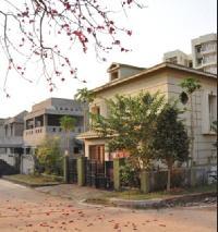 Acrux Gymkhana Palm Residency
