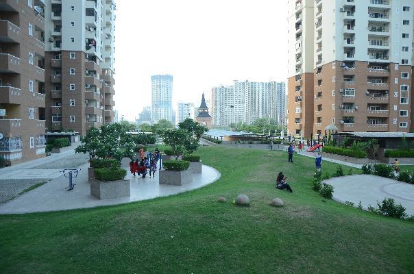 Nimbus Hyde Park, Noida - Nimbus Hyde Park