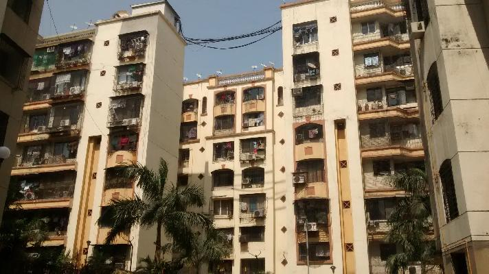 Powai Vihar, Mumbai - Luxurious Apartments