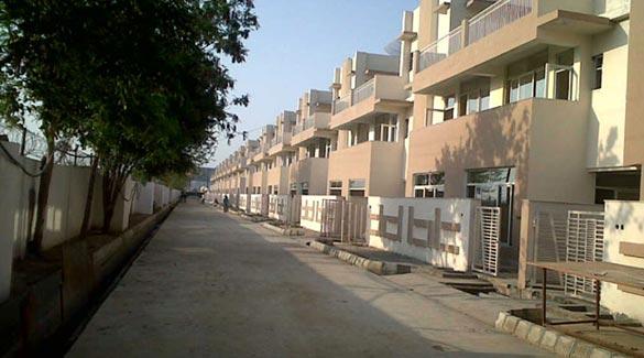 Supertech Czar Villas, Greater Noida - Residential Villas