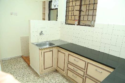 2 BHK 1200 Sq.ft. Residential Apartment for Rent in Mylapore, Chennai