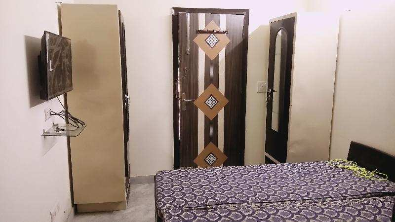 1 BHK Serviced Apartments for Rent in Sushant Lok 1, Gurgaon - 570 Sq. Feet