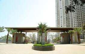 2 BHK Residential Apartment for Sale in Kolshet Road, Thane