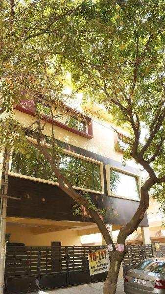 1800 Sq.ft. Office Space for Rent in Basaveshwara Nagar, Bangalore