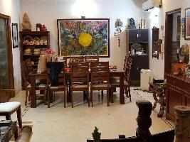 9 BHK House & Villa for Sale in South City 1, Gurgaon