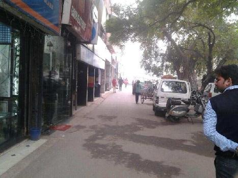 300 Sq.ft. Showroom for Rent in Block A Defence Colony, Delhi