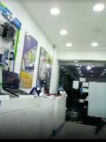 400 Sq.ft. Commercial Shop for Rent in Camp, Pune
