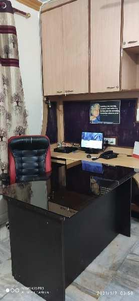 700 Sq.ft. Office Space for Rent in Laxmi Nagar, Delhi