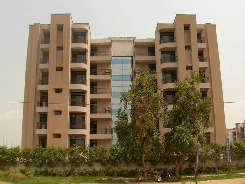 3 BHK Flats & Apartments for Sale in Zirakpur - 1727 Sq.ft.