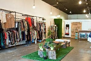1000 Sq.ft. Commercial Shop for Rent in Pandri, Raipur