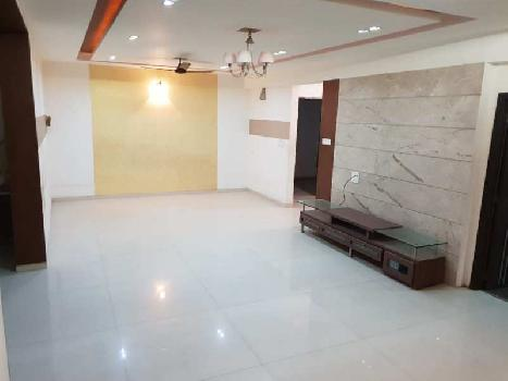 3 BHK 2200 Sq.ft. Residential Apartment for Rent in VIP Road, Raipur