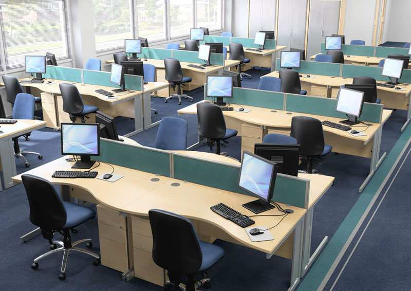 585 Sq. Feet Office Space for Rent in Ahmedabad - 585 Sq.ft.
