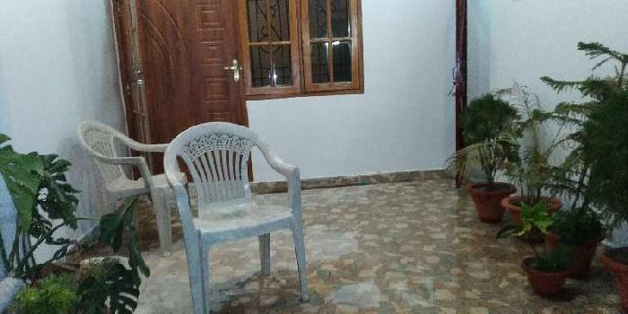 2 BHK 2500 Sq.ft. House & Villa for Rent in Bangla Bazar, Lucknow