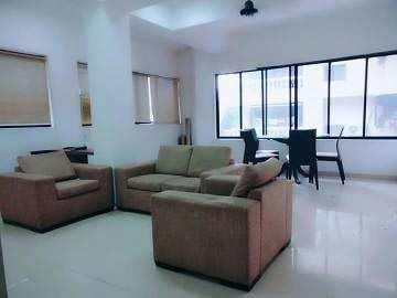5 BHK 4000 Sq.ft. Residential Apartment for Sale in Bandra West, Mumbai