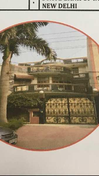 5 BHK 4000 Sq.ft. House & Villa for Rent in Sector 61 Noida