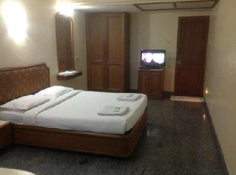 6000 Sq.ft. Hotels for Rent in Royapettah, Chennai