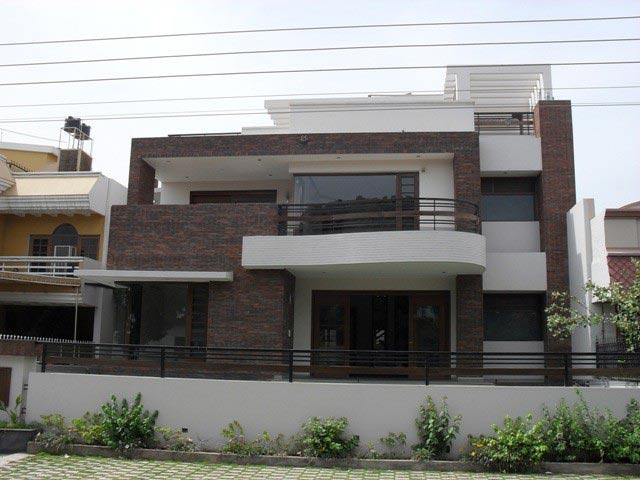 5 BHK Bungalows / Villas for Sale in Sector 48, Noida - 112 Sq. Meter