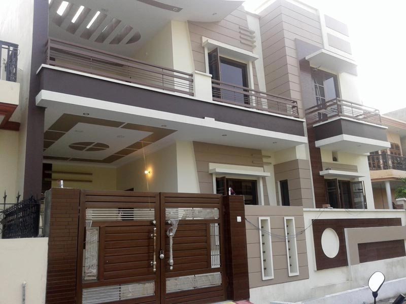 8 BHK Flats & Apartments for Sale in Sector 46, Noida - 250 Sq. Meter