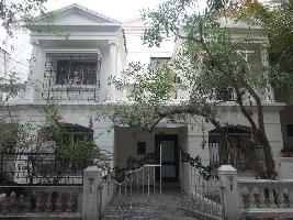 2 BHK House & Villa for Rent in NIBM Road, Pune