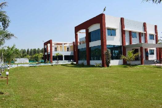 2692 Sq.ft. Factory for Sale in Sayajigunj, Vadodara