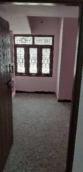 2 BHK 700 Sq.ft. House & Villa for Rent in Anna Salai, Chennai