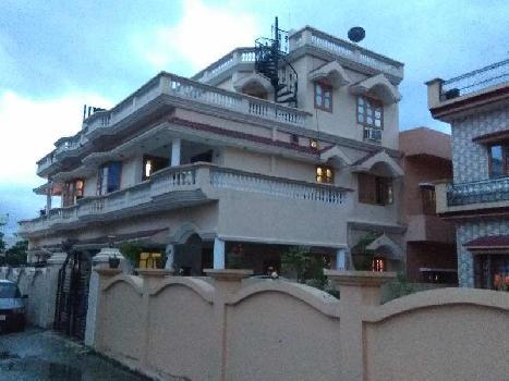 2 BHK 2000 Sq.ft. Residential Apartment for Rent in Rajpur Road, Dehradun