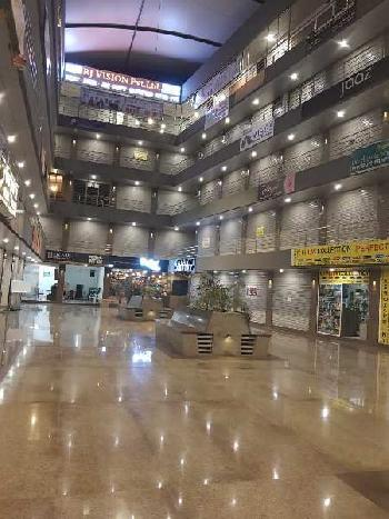 330 Sq.ft. Commercial Shop for Sale in Bhayli, Vadodara