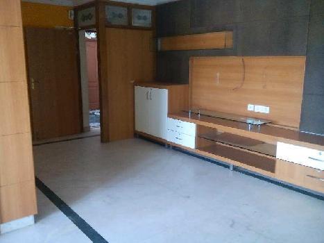 3 BHK 2700 Sq.ft. Residential Apartment for Rent in Raja Annamalai Puram, Chennai