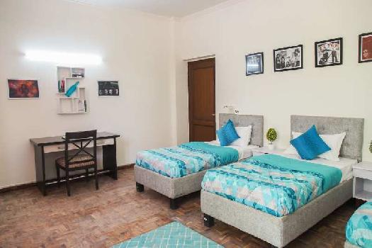 10 BHK 2000 Sq.ft. House & Villa for PG in DLF Phase I, Gurgaon