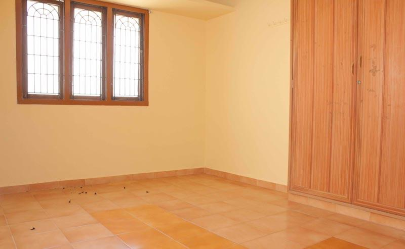 2 BHK Flats & Apartments for Rent in Mumbai - 1100 Sq. Feet