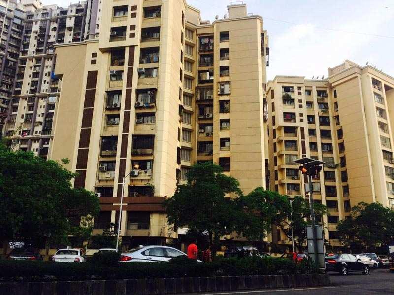 600 Sq. Feet Commercial Shops for Rent in Dn Nagar, Mumbai - 600 Sq.ft.