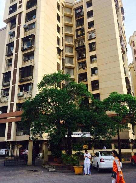 3 BHK Flats & Apartments for Sale in Amboli, Mumbai - 2000 Sq. Feet