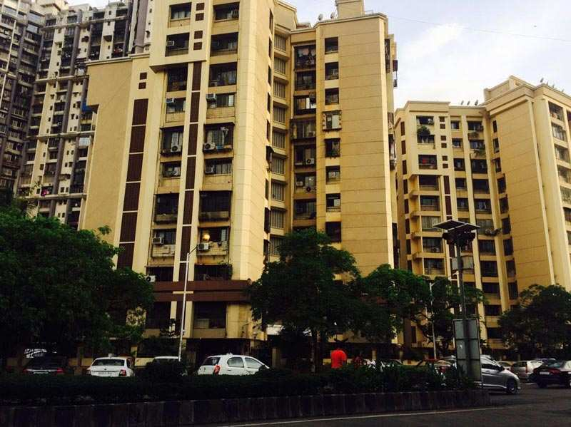 2 BHK Flats & Apartments for Sale in Amboli, Mumbai - 1000 Sq. Feet