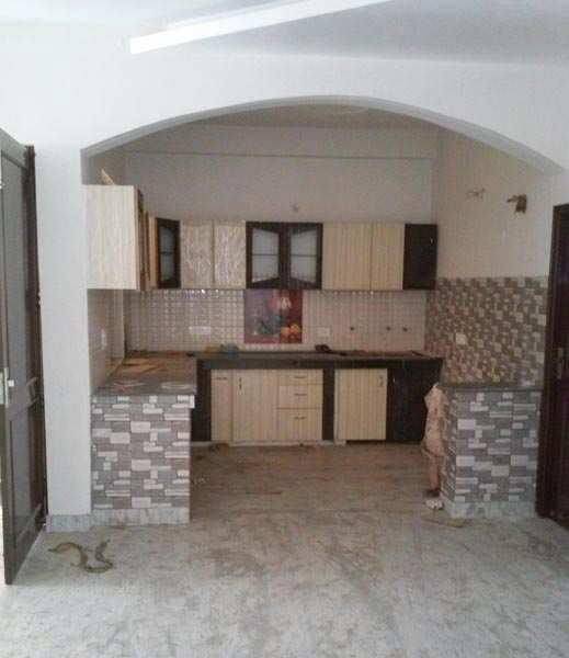 3 BHK Flats & Apartments for Sale in Meerut Central, Meerut - 280 Sq. Yards