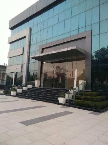 100000 Sq.ft. Office Space for Rent in Sector 8 Noida