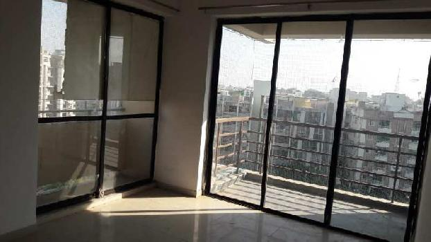 2 BHK 1350 Sq.ft. Residential Apartment for Rent in New C G Road, Ahmedabad
