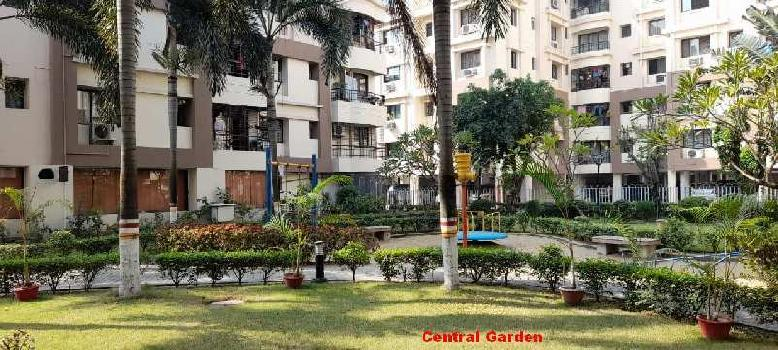 2 BHK 1006 Sq.ft. Residential Apartment for Rent in Chinar Park, Kolkata
