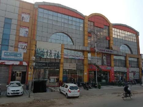 10000 Sq.ft. Commercial Shop for Rent in Gandhi Nagar, Agra