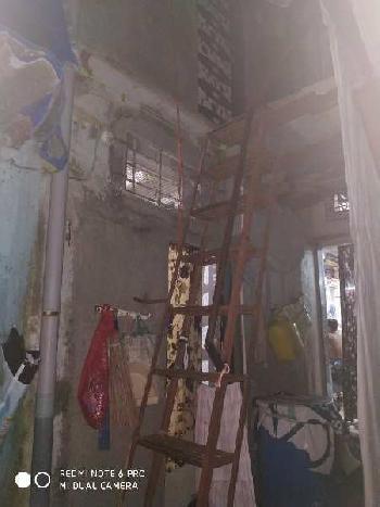 1 BHK 360 Sq.ft. House & Villa for Rent in Santacruz West, Mumbai