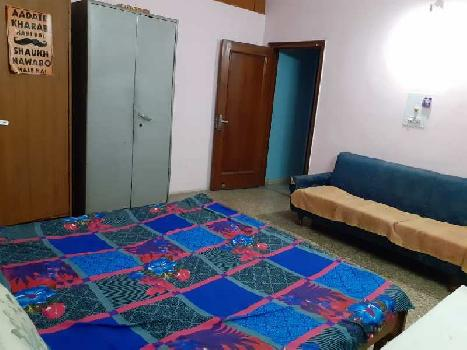 4 BHK 1100 Sq.ft. Residential Apartment for Rent in Sector 27 Chandigarh