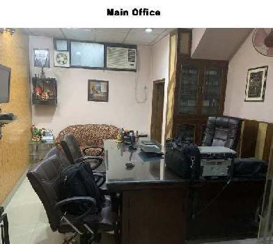 3 BHK 214 Sq. Yards Residential Apartment for Sale in Block B Malviya Nagar, Delhi
