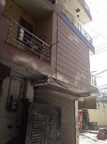 4 BHK 160 Sq. Yards Builder Floor for Sale in Sant Nagar, Delhi North