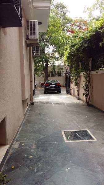 4 BHK 3700 Sq.ft. Builder Floor for Sale in Block A Vasant Vihar, Delhi