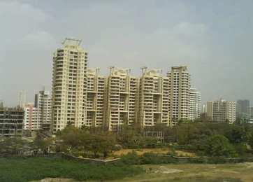 1100 Sq. Feet Flats & Apartments for Sale in Goregaon, Mumbai North - 1100 Sq.ft.