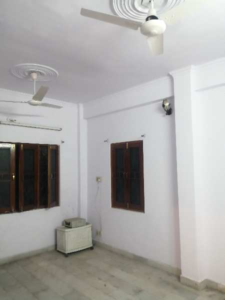 2 BHK 1050 Sq.ft. Residential Apartment for Sale in Hazratganj, Lucknow