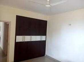 3 BHK Flats & Apartments for Rent in Sector 62, Gurgaon - 1996 Sq. Feet