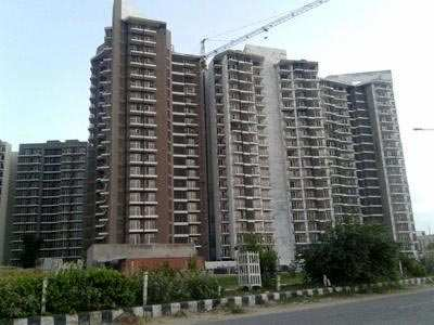 3 BHK Flats & Apartments for Sale in Sector 63, Gurgaon - 1717 Sq. Feet