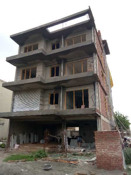 3 BHK Builder Floor for Sale in Sector 47, Gurgaon - 263 Sq. Yards