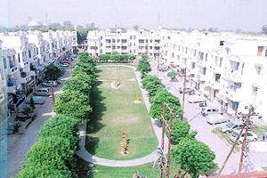 2 BHK Flat for Rent in G. T. Road, Ghaziabad